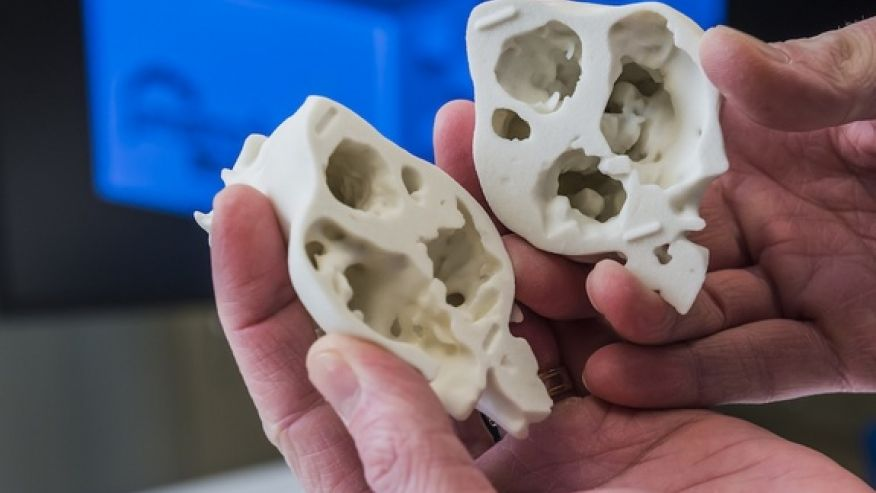 close-up-3D-printed-model-heart